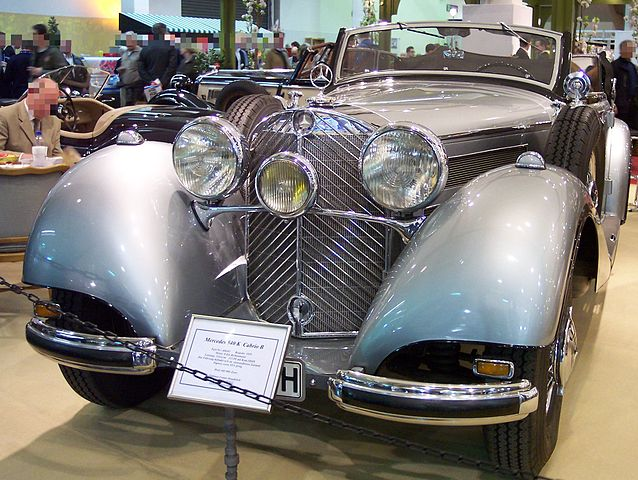 638px-Mercedes-Benz_540K_Cabriolet_B_silver_v_TCE