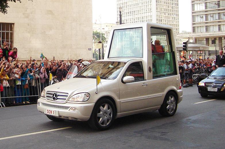 Popemobil_Mai_2007