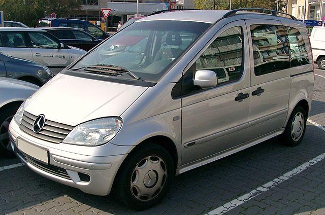 640px-Mercedes_Vaneo_front_20071009
